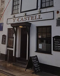 Y Castell (Bar & Accommodation) - Pwllheli