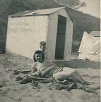 Llanbedrog Bed - Beach Huts 1950's